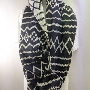 Large Black and White Neck Scarf cozy